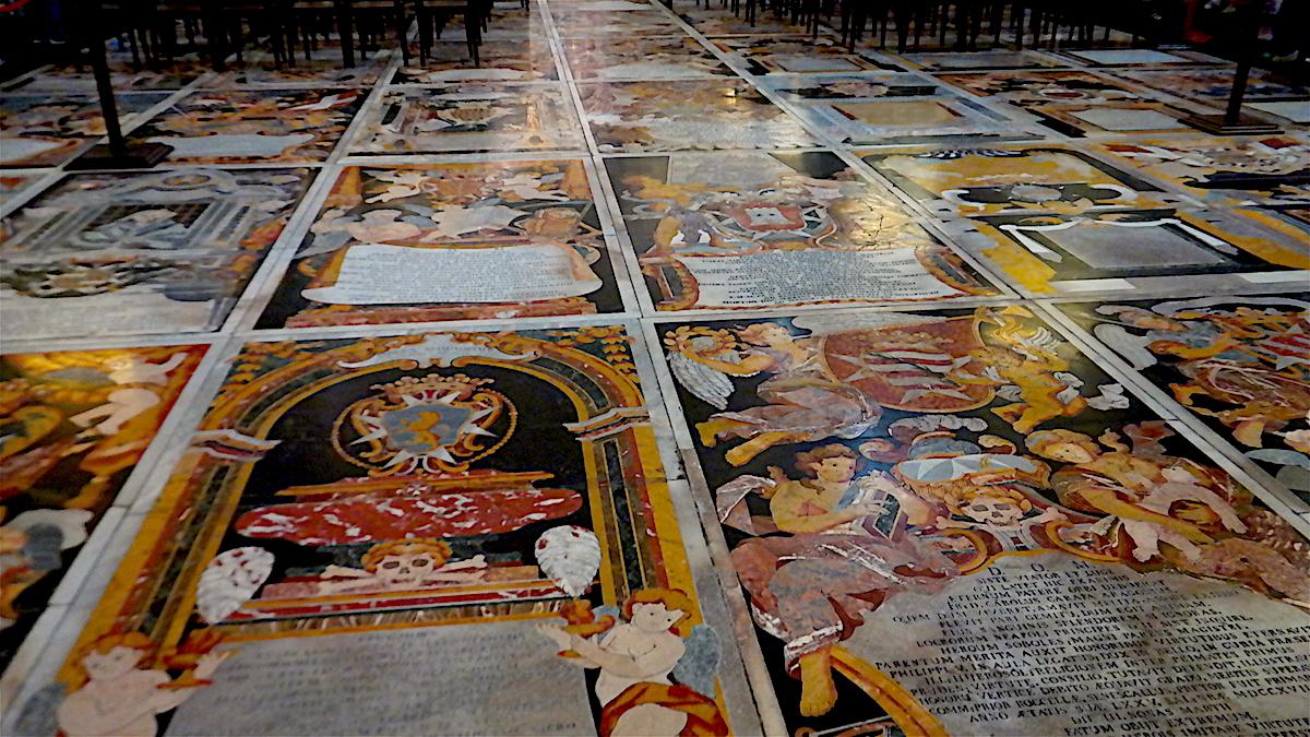 Golvet i St Johns cathedral