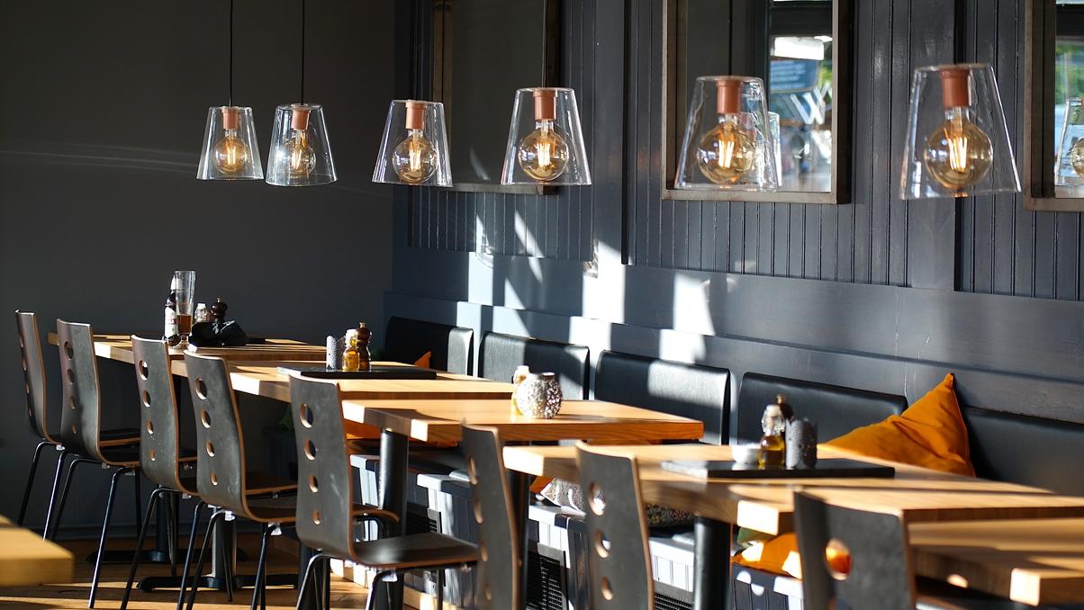Modern inredning på restaurang K4