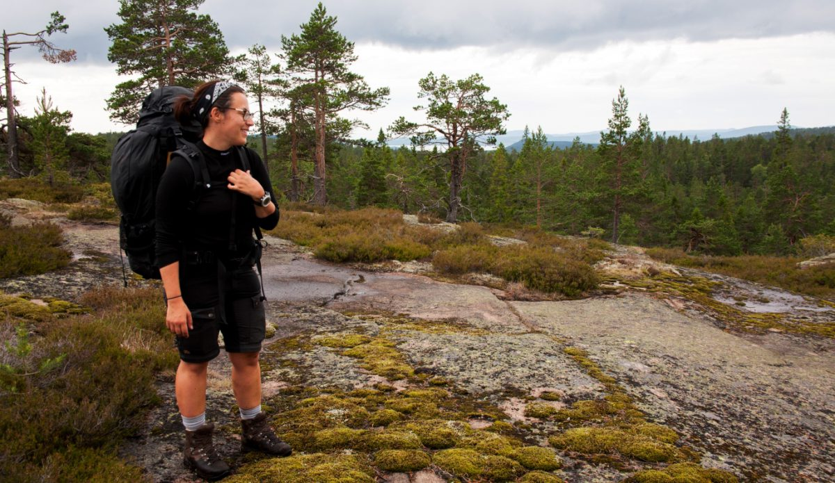 Angeliqa Mejstedt på vandringstur, foto: Sara Lansgren