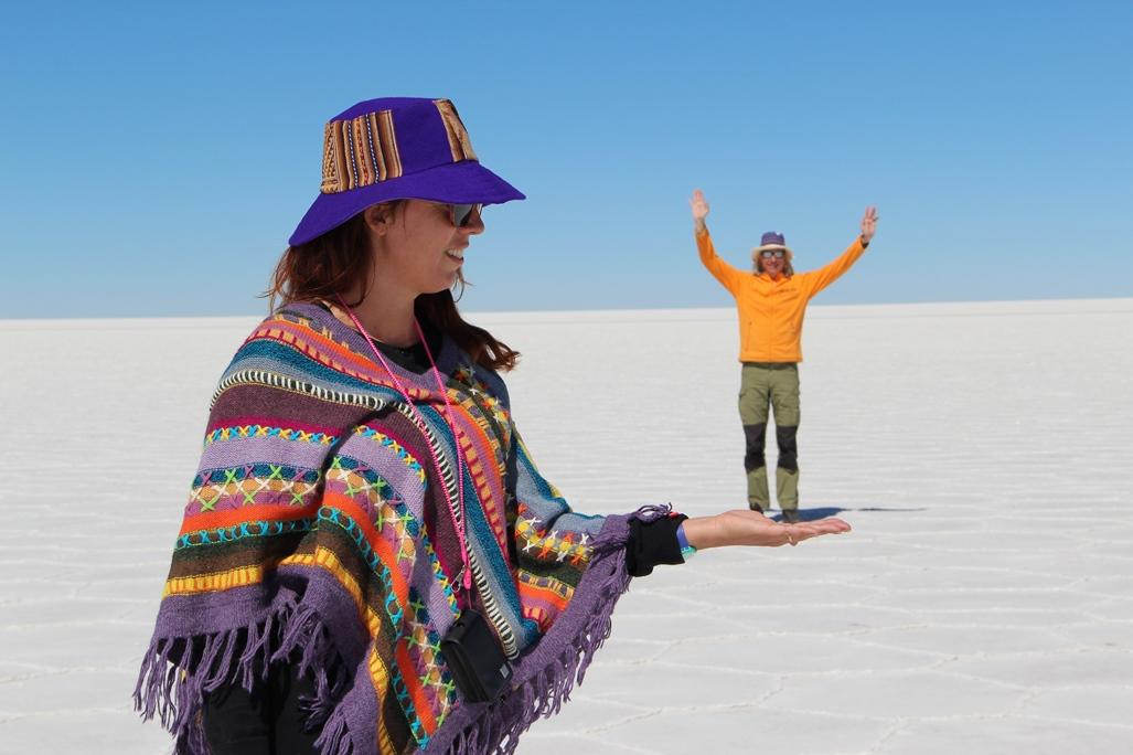 Peter Grip och hans flickvän Eva i Salar de Uyuni, Bolivia