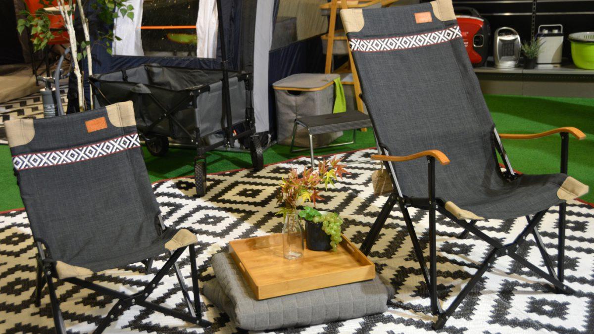 Heta campingprylar - på bilden nya campingstolar från Kama Fritid