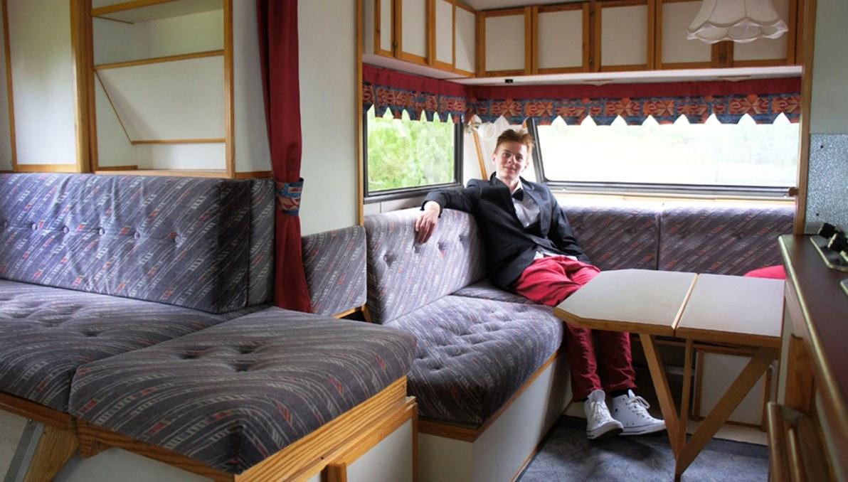 Johan i en Caravan Expansive från 1989 (bilden är från 2012)
