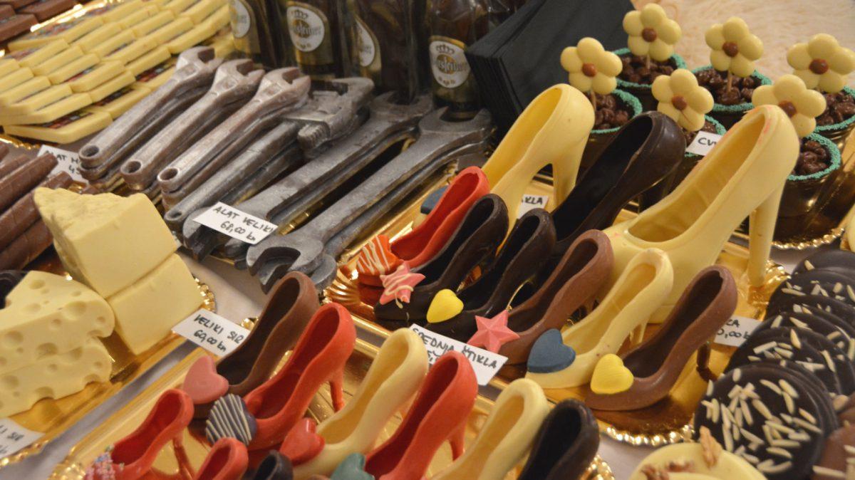 Ost, verktyg och skor? Nej, choklad på chokladfestivalen i Opatija