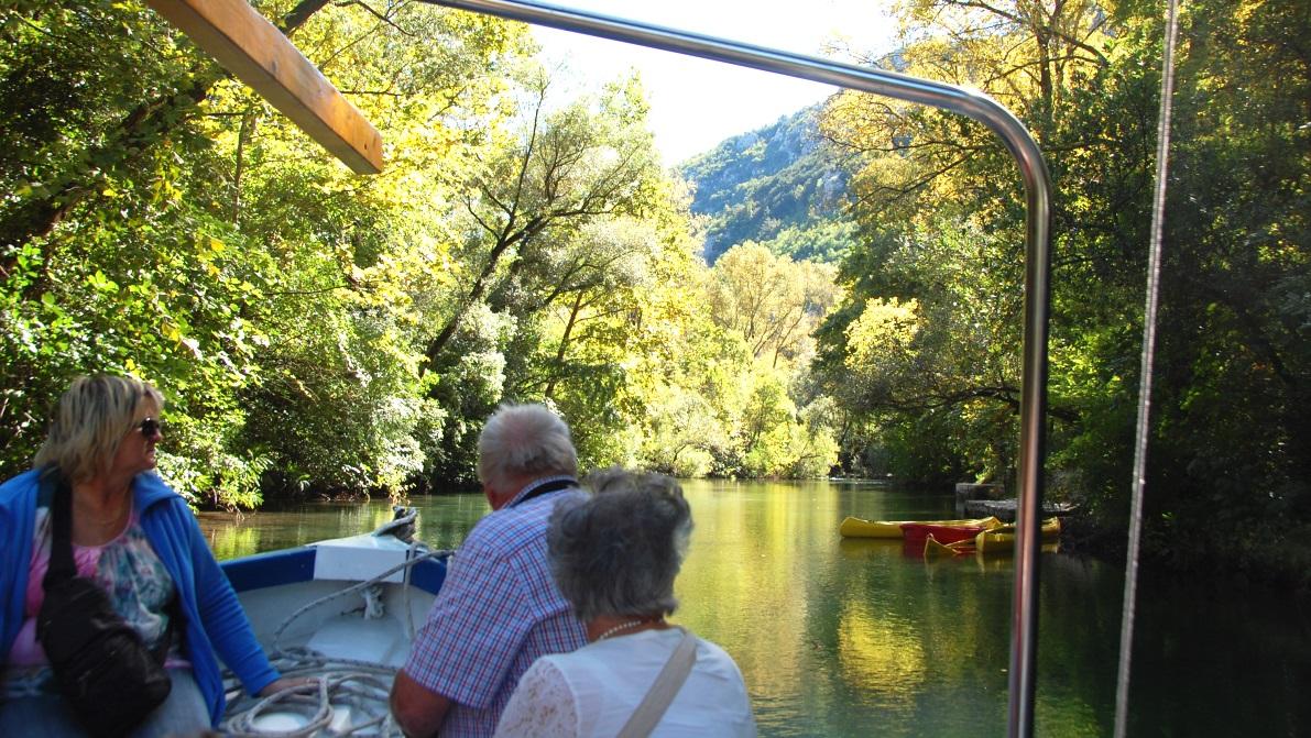 Flodtur i Omis