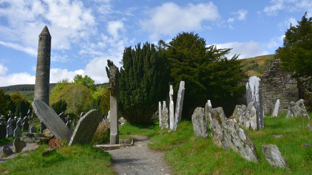 Glendalough kyrkogård