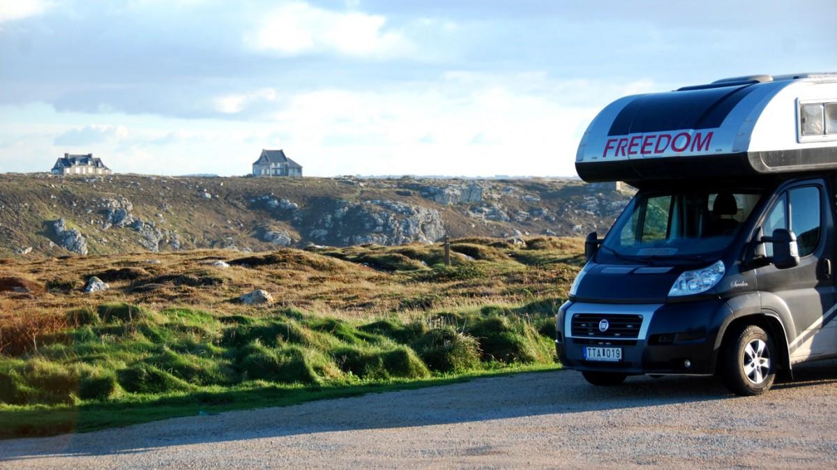 Reste vi runt Europa i en husvagn förra året? Nej, men vi reste runt Europa i en husbil!