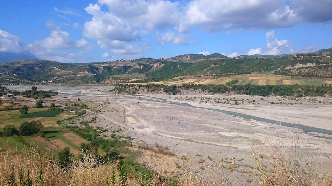 Köra genom Albanien