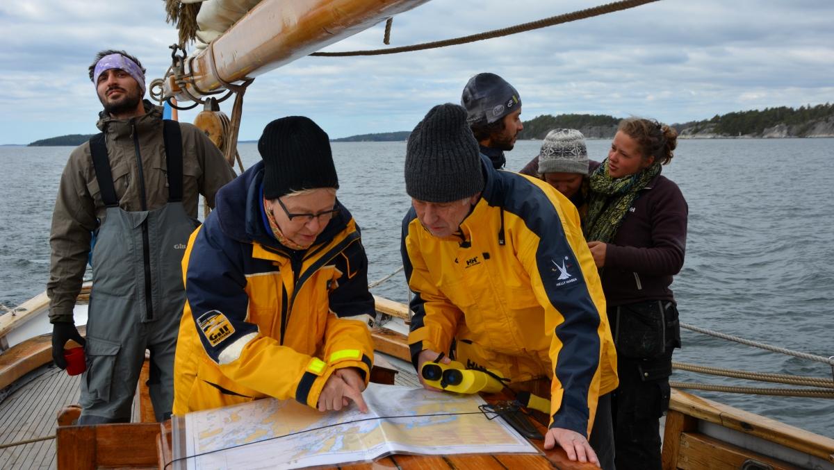 Kartläsning segelbåt