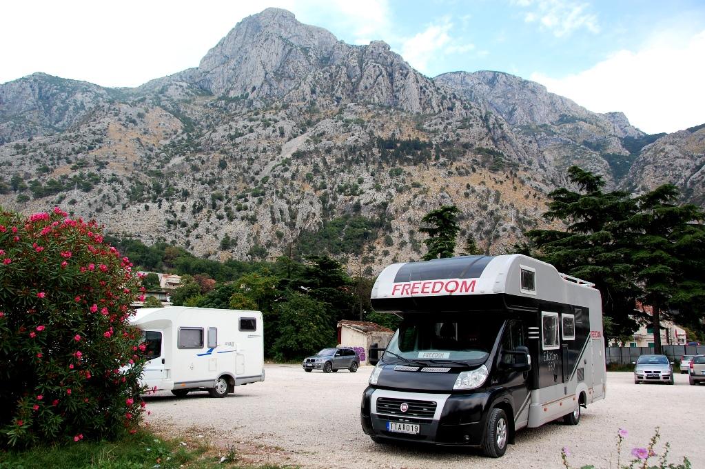 Ställplatser i Montenegro: Kotor parkering