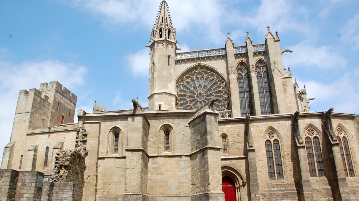 Kyrka Carcassonne