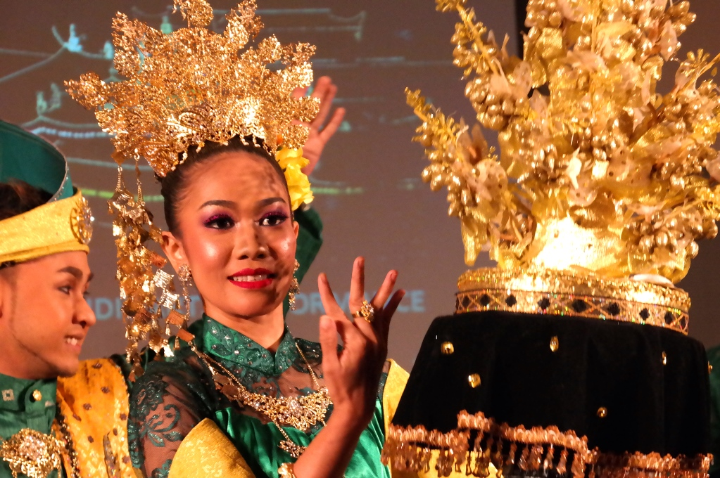 Fler malaysiska dansare på Finlandshuset i Stockholm