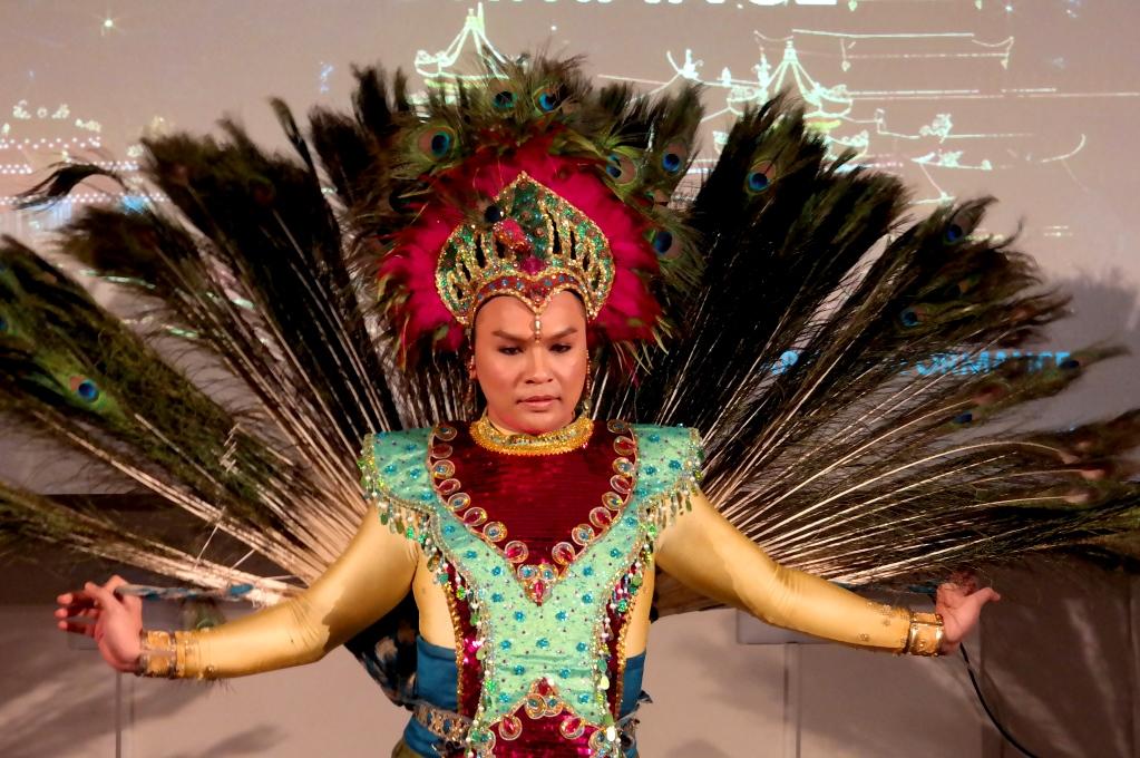 Malaysisk dansare på Finlandshuset i Stockholm