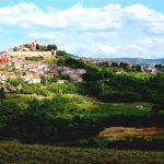 Bergsbyn Motovun – och världens minsta stad