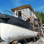 Sätta panel på husbåten