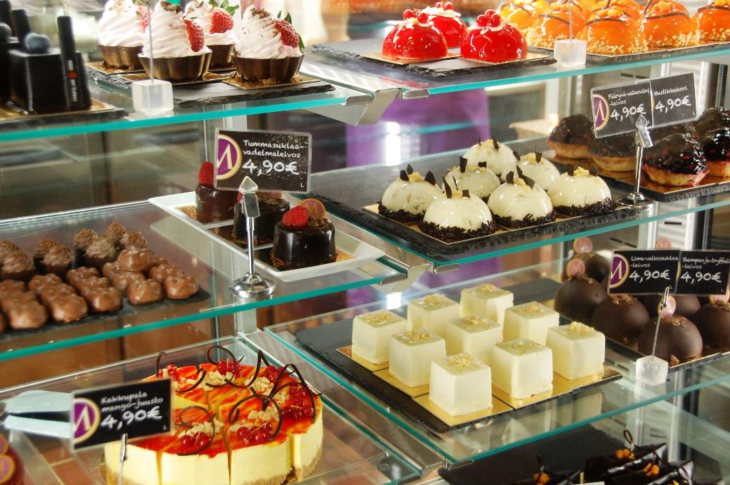 Bakverk på Piece of Cake i Åbo saluhall