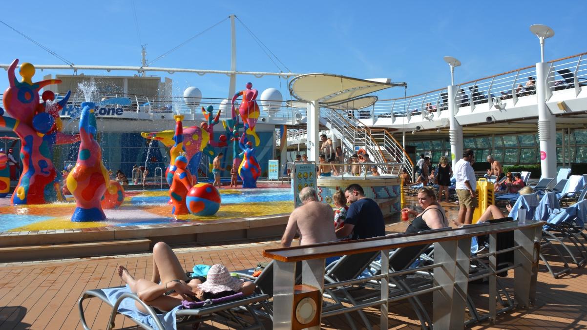 Pool Freedom of the Seas