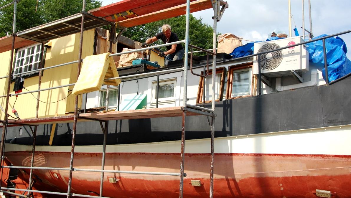 Såhär såg det ut när vi byggde om båten sommaren 2014