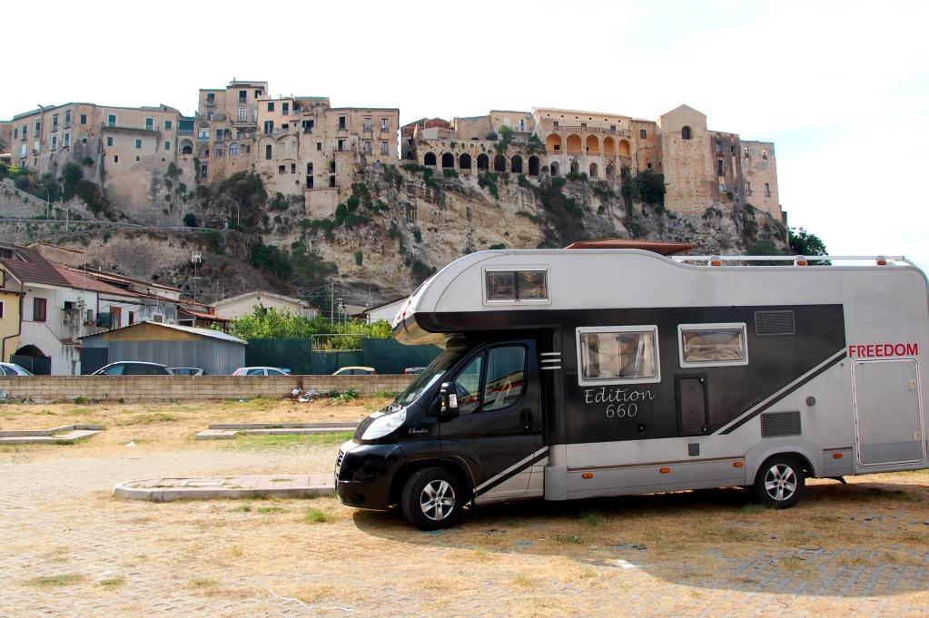 Ställplatser i Italien: Tropea