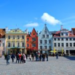 På guidad tur i Tallinn, Estland