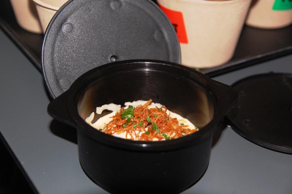 63 graders ägg med karamelliserad lök