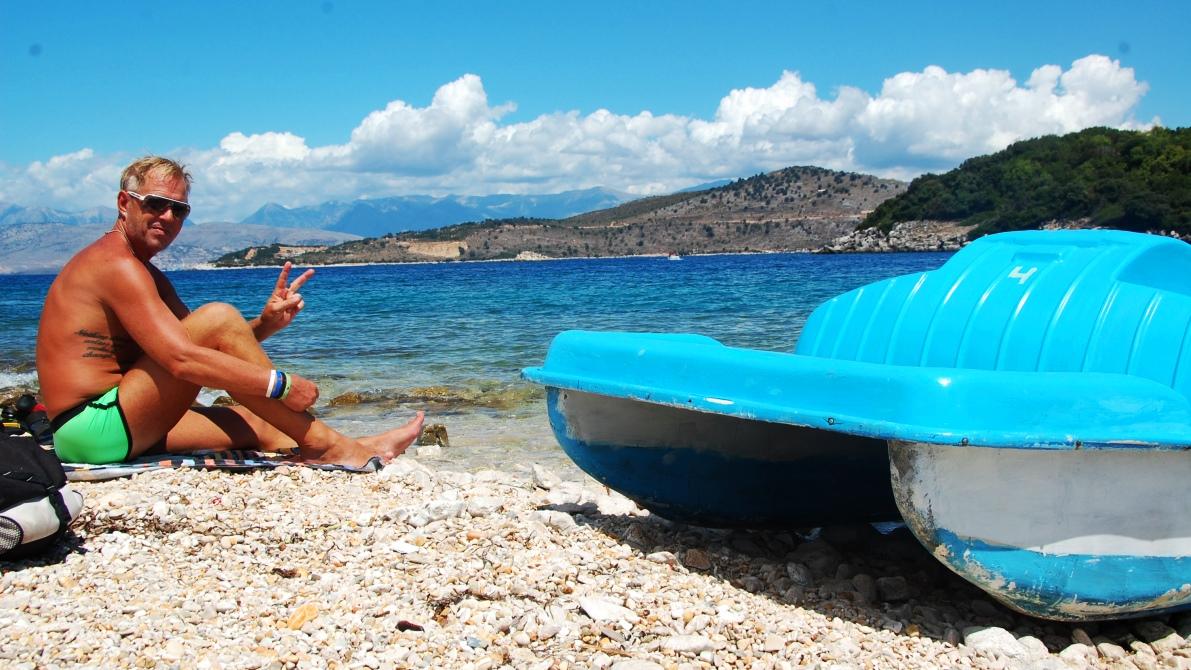 Trampbåt i Albanien
