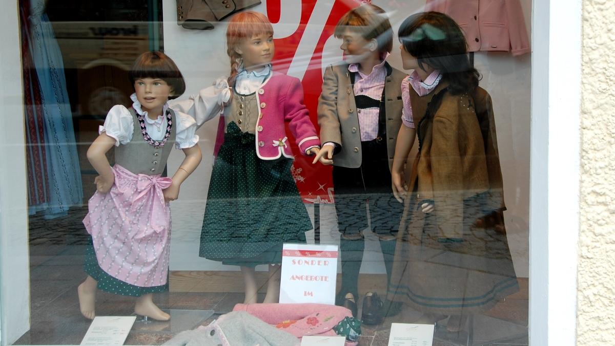 Österrike barnkläder