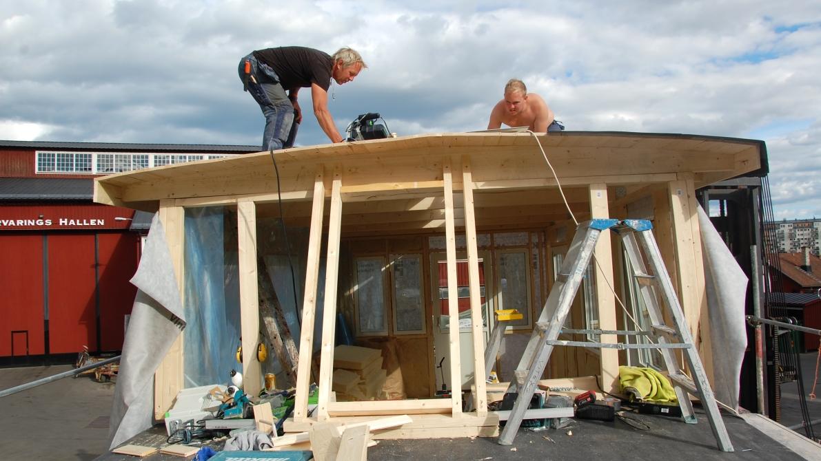 Överbyggnad husbåt