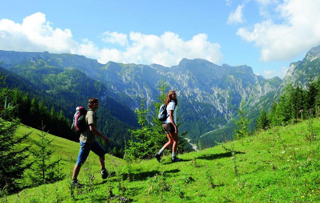 Sommar i St Johann in Tirol