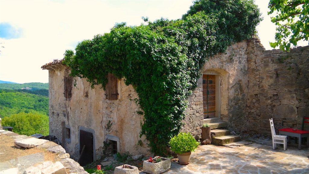 Hum Istrien, världens minsta stad