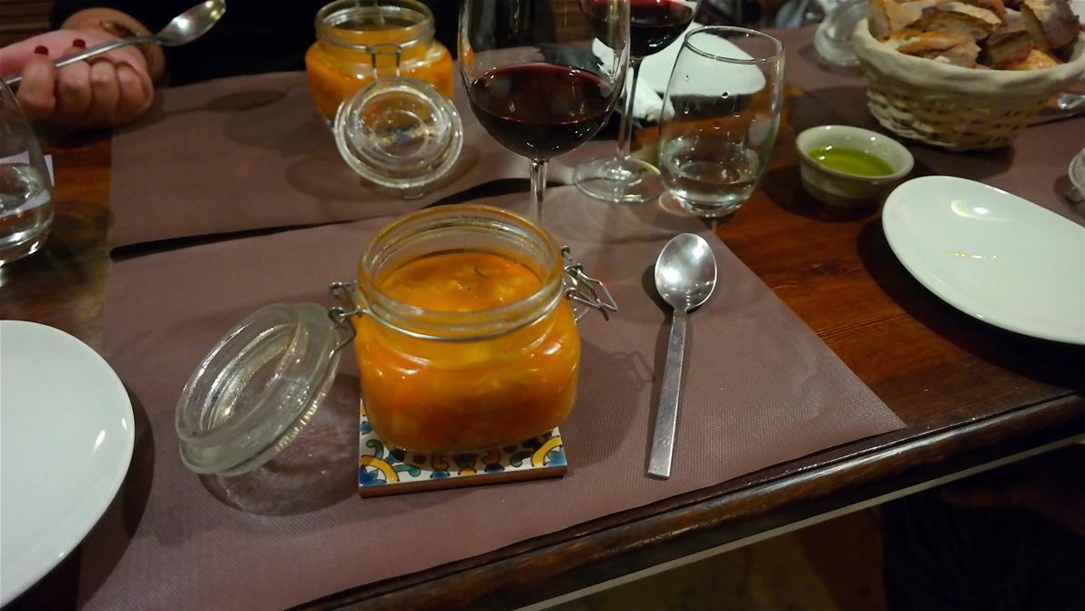 Förrättssoppa på restaurang Cent'Anni i Gharghur