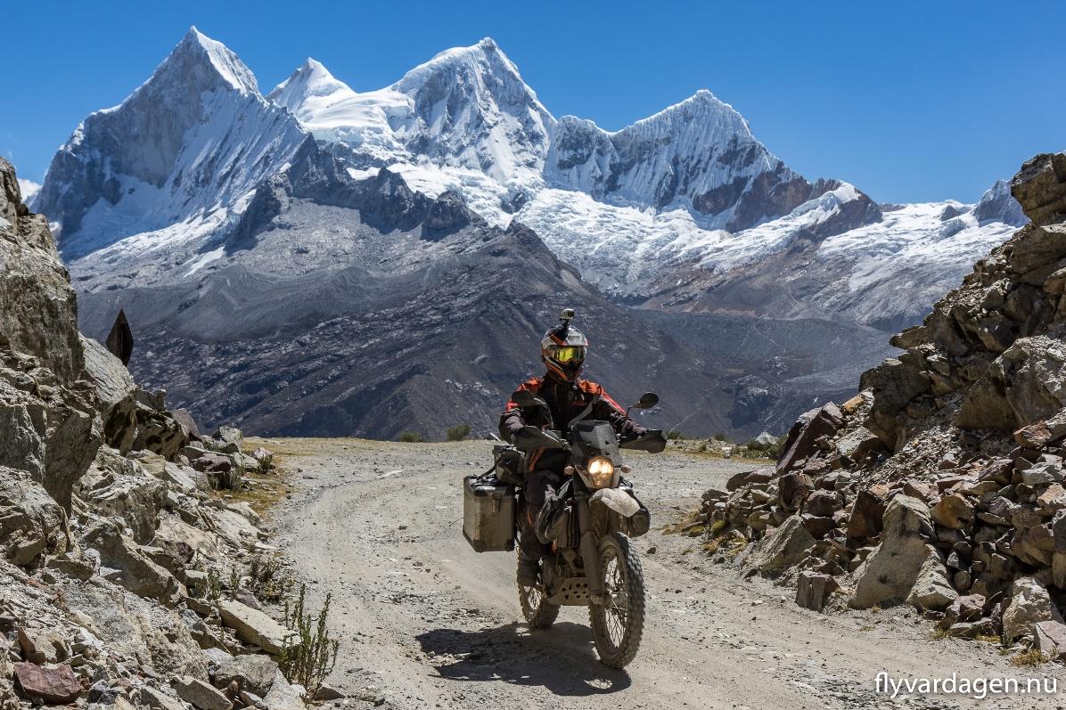 Cordillera Blanca i Peru. Otroligt vackert och ödsligt. Det finaste bergspasset Roberto kört över.