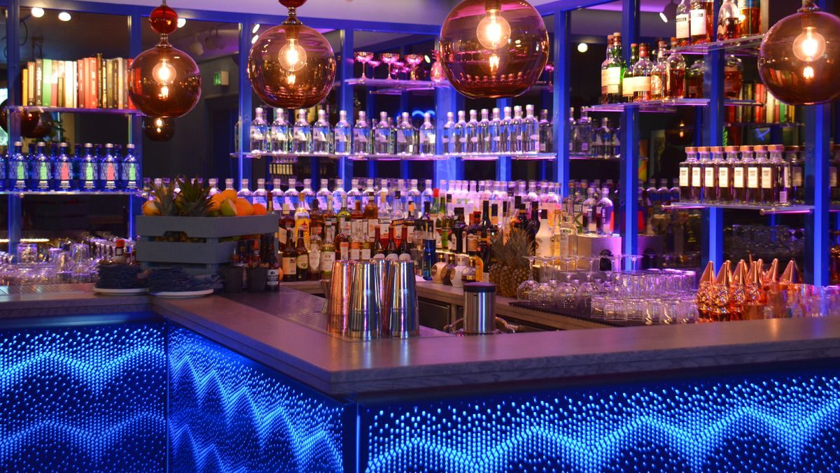 Absolut bar