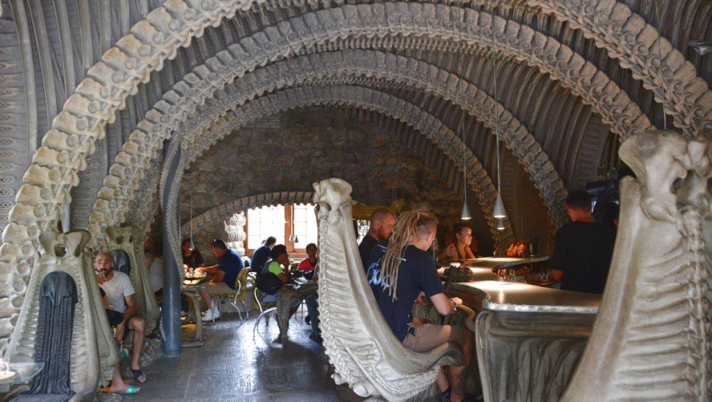 Alien café i Gruyère