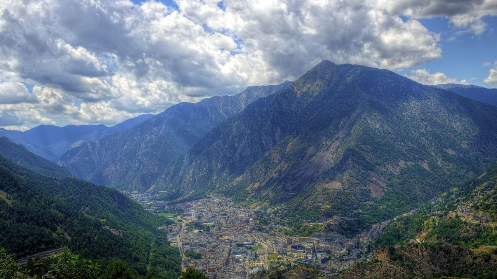 Europas minsta huvudstäder: Andorra la Vella