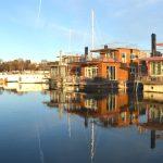 Husbåtar, skepp och flytande villor