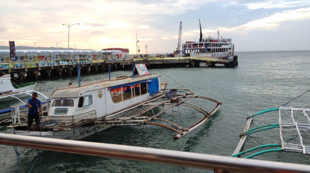 Båtluffa på Filippinerna