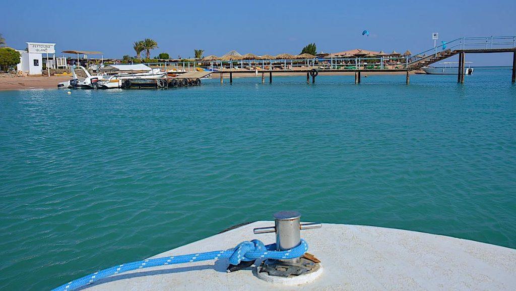 Mot Zeytouna beach Island