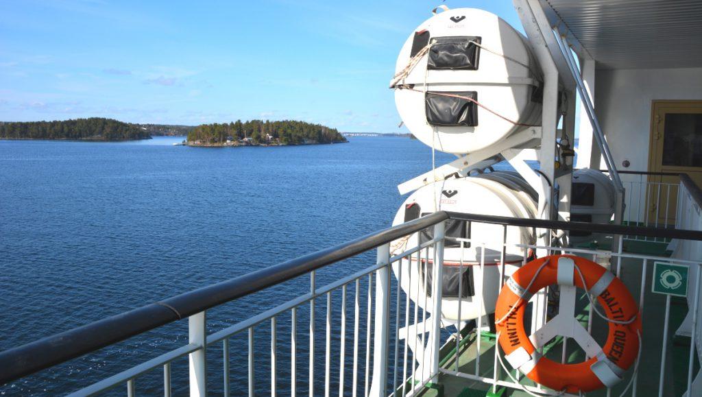 Med färja till Tallinn