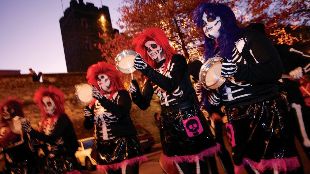 Banks of the Foyle Halloween Carnival (1)
