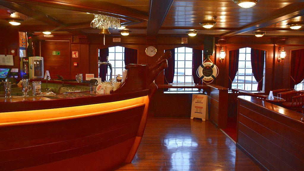 Bar på M/F Cracovia
