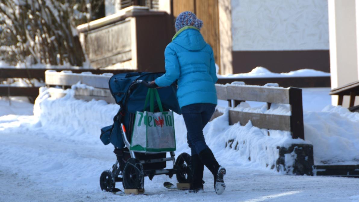 Barnvagn med medar