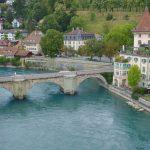 Schweiz huvudstad Bern – och en simtur i floden Aare