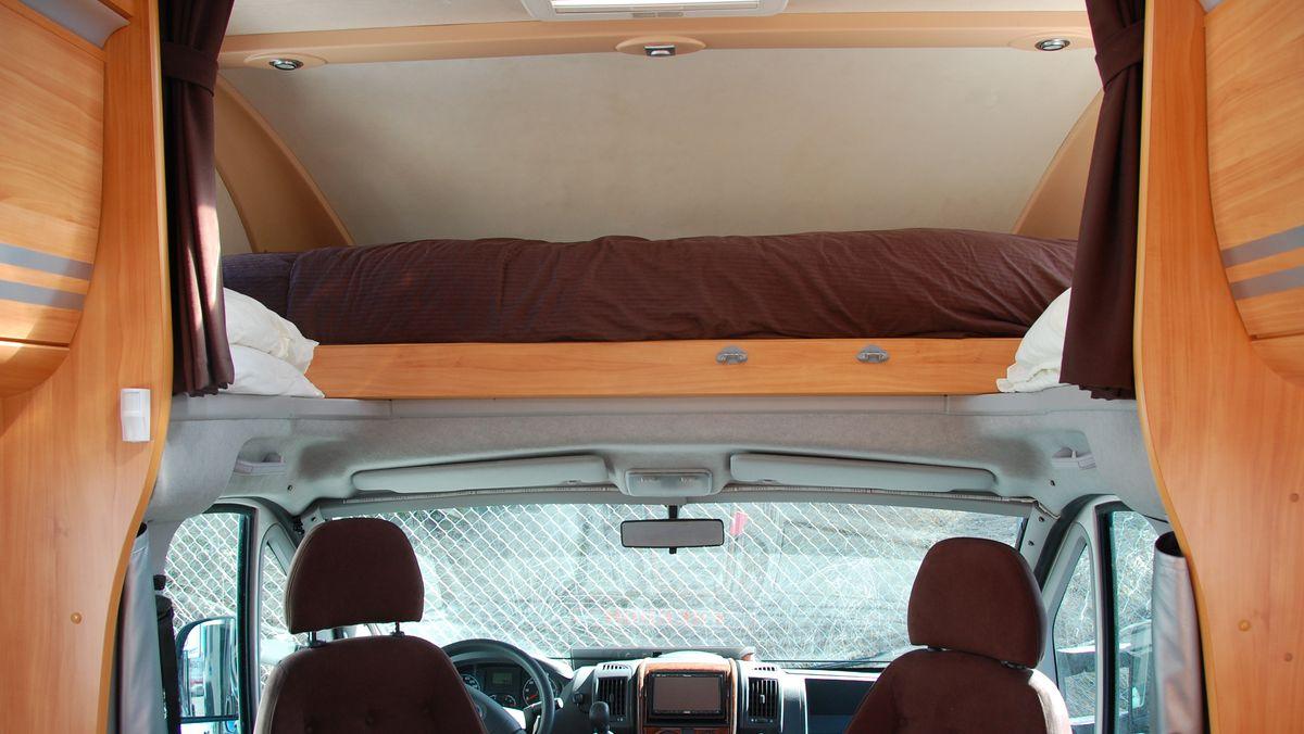 Välkommen in i vår husbil! FREEDOMtravel