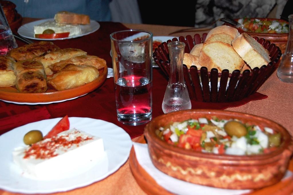 Burek i Albanien och Makedonien