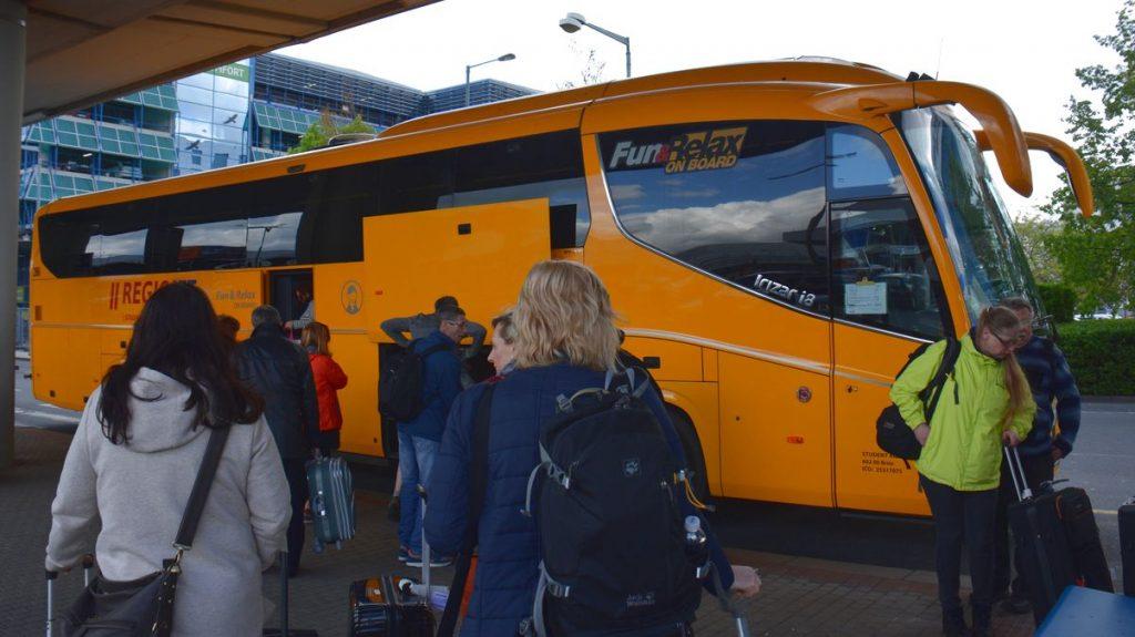 Resa till Karlovy Vary - buss från Prag