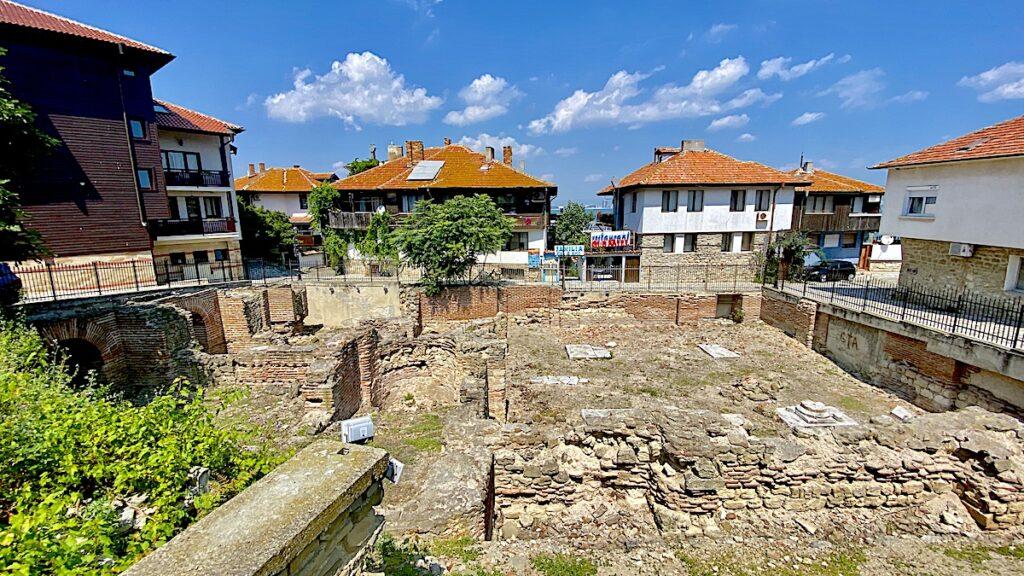 Göra i Nesebar i Bulgarien - se antika badhus