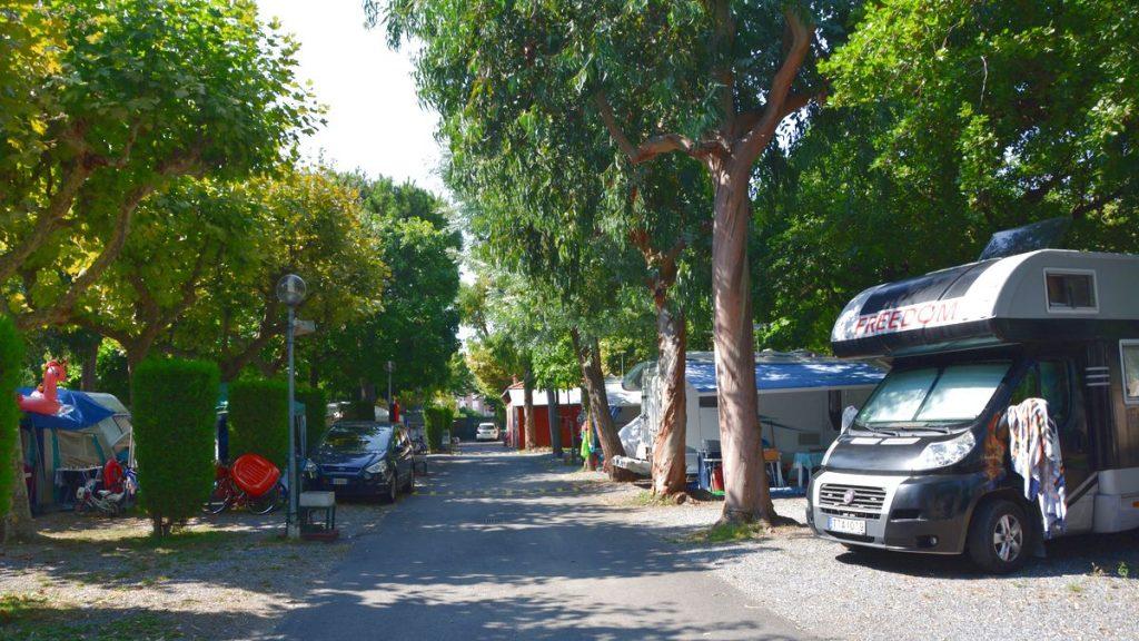 Med husbil i Ligurien, på camping Albenga