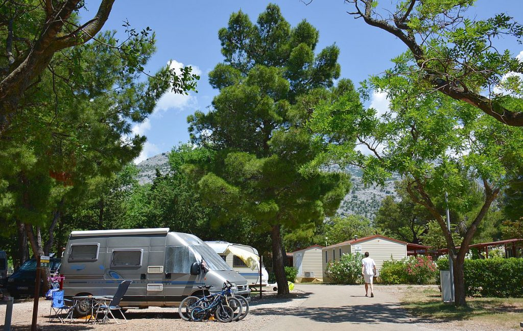 Camping vid Paklenica nationalpark i Kroatien