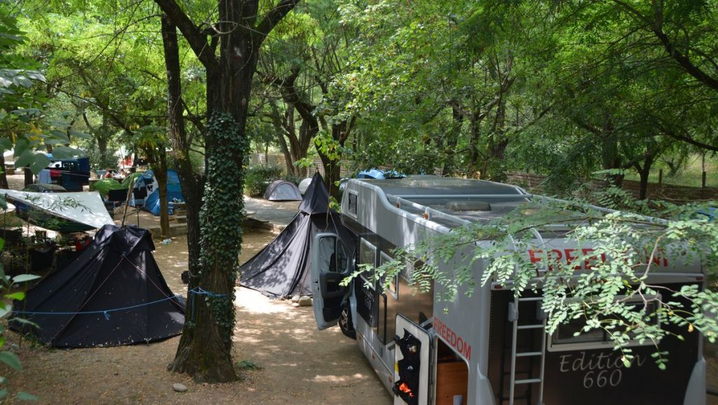 camping Midi