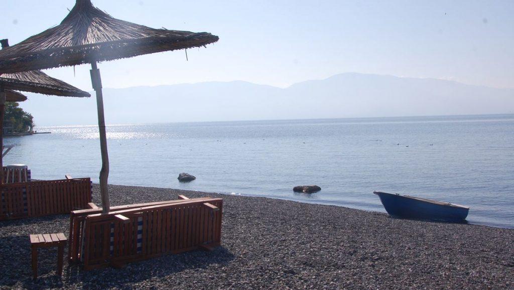 Camping vid Ohridsjön i Albanien